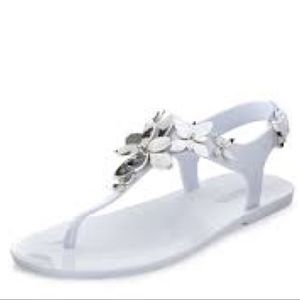 2f4171cf9931 Michael Kors Shoes - ♥️Host Pick Lola Floral Jelly Thong Sandal